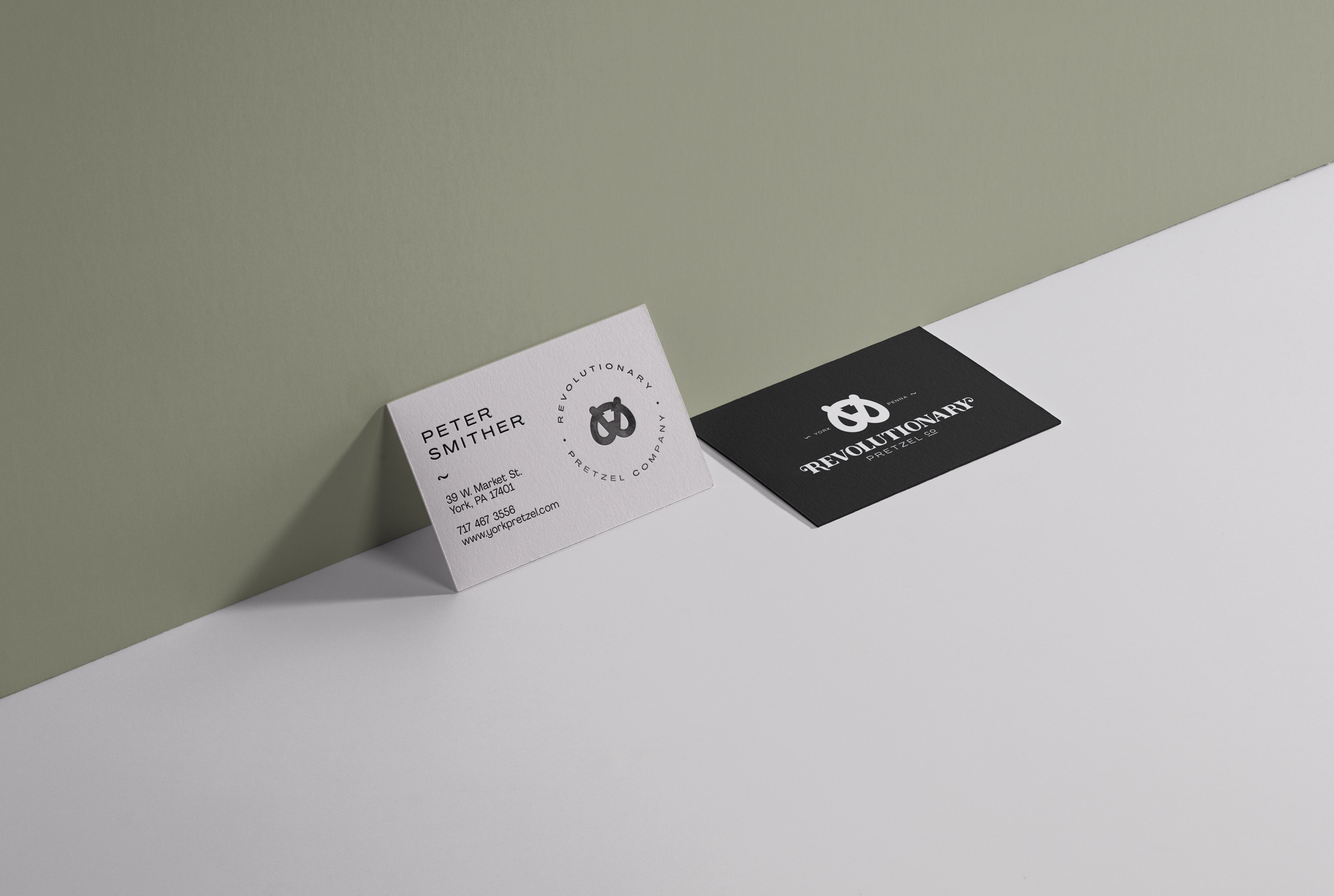 14-RyanKurz_RP-BusinessCardWall-v4
